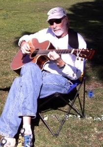 taulpaul w guitar